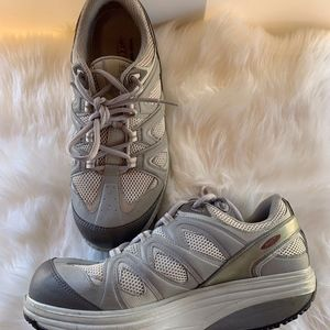 MBT Swiss Athletic Walking Shoes Size 11